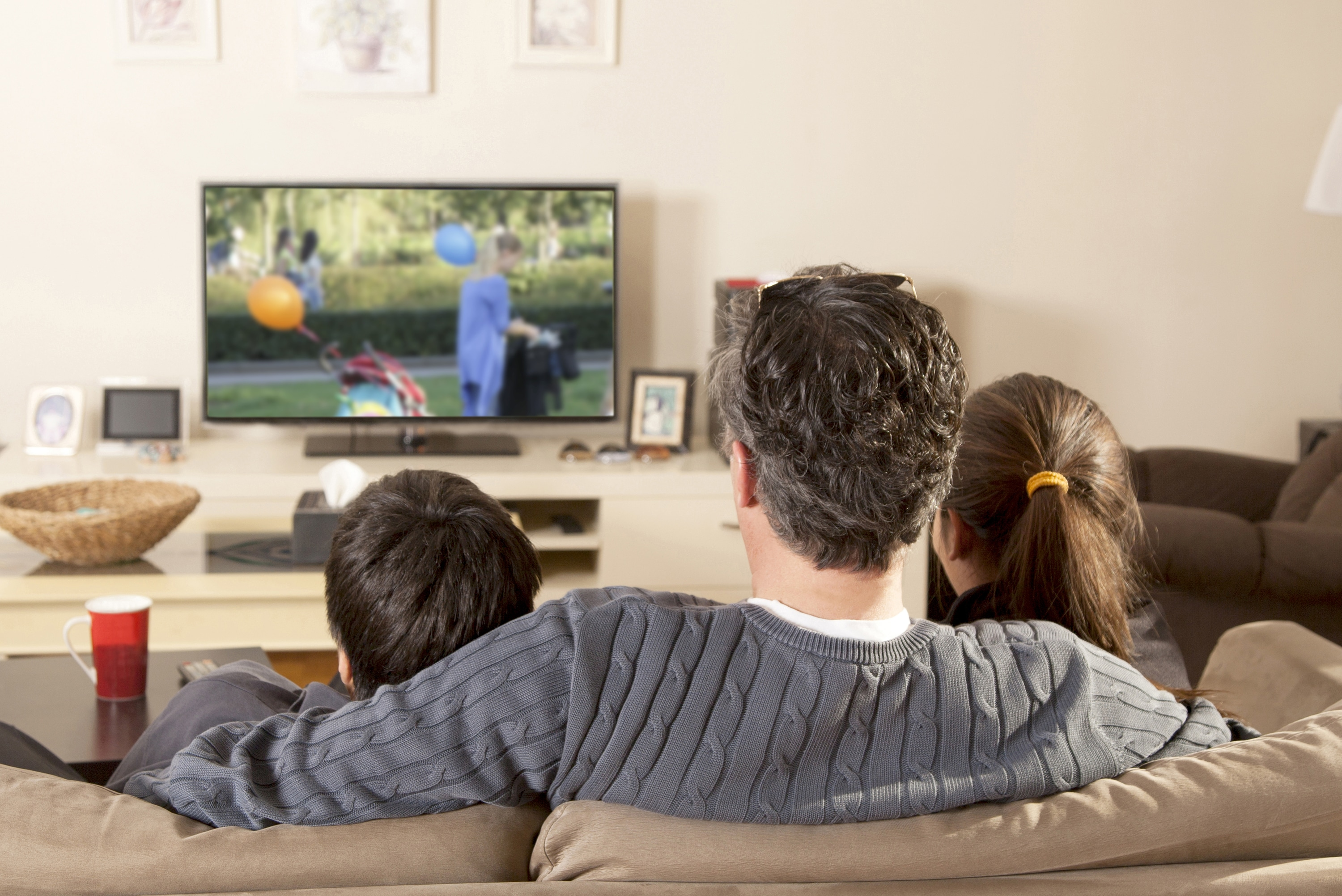 How to Watch Free HDTV Channels in Your Area with Digital TV