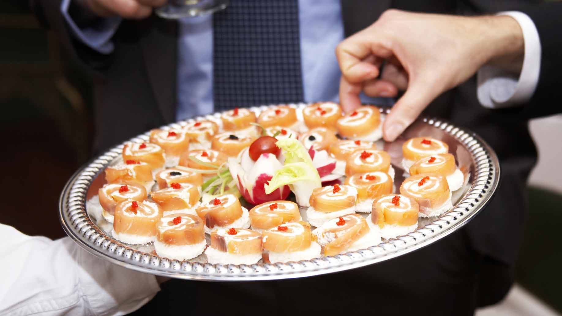 How Catering Works At A Destination Wedding Bridal Etiquette Primer Huffpost