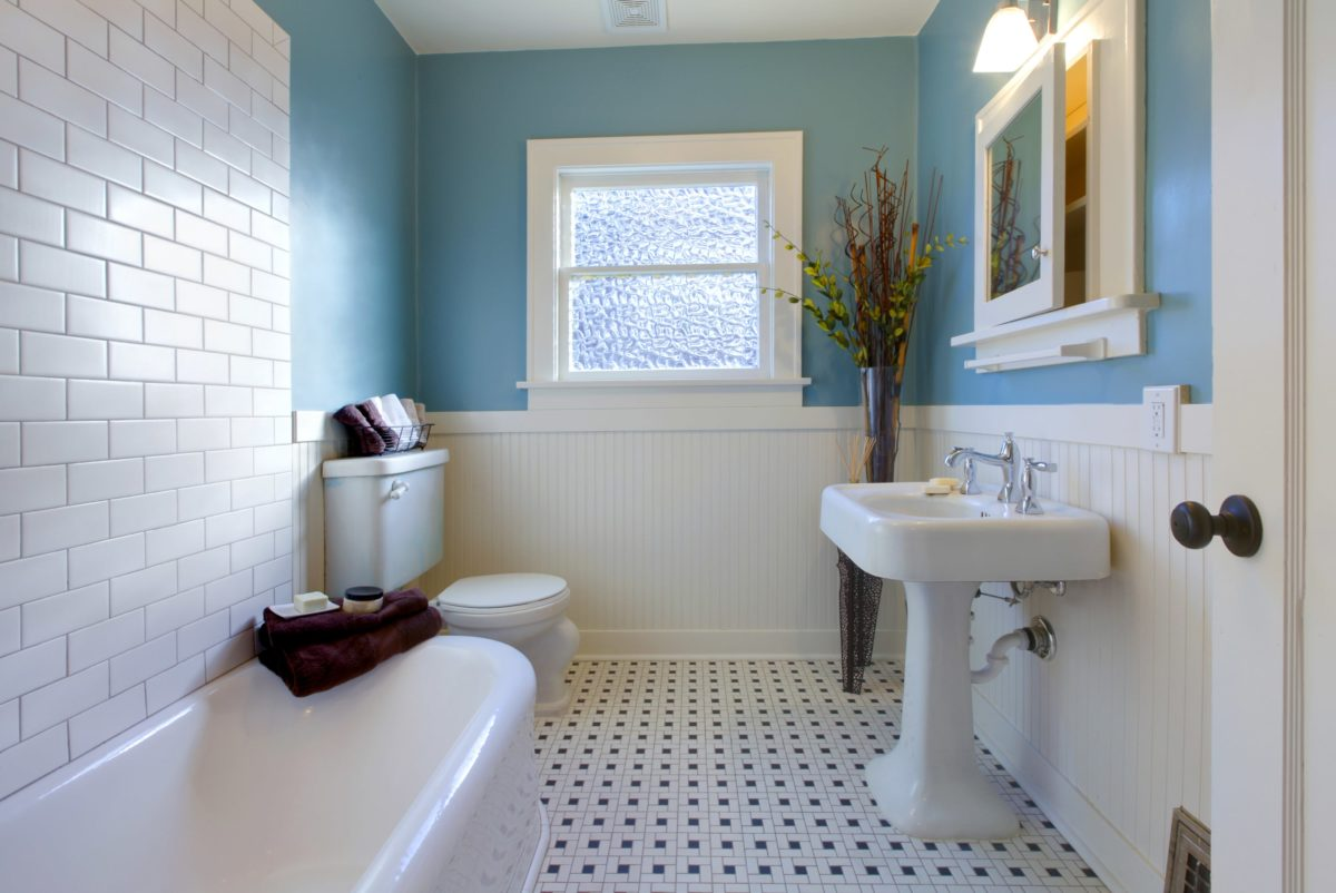 17 Bathroom Design & Remodeling Ideas on a Budget