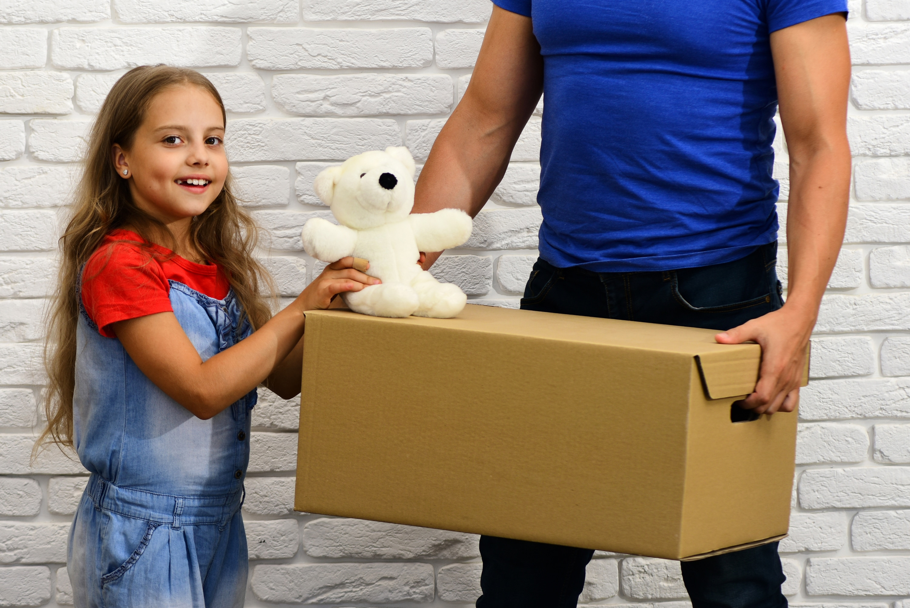 6 Tips to Donate Your Kids' Old Toys and Clear Clutter in Your Home
