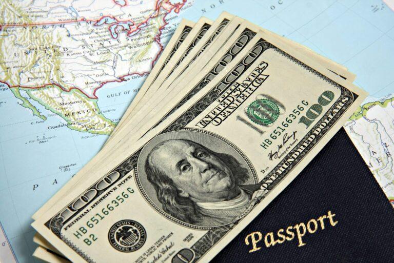 Ways Keep Money Safe Traveling