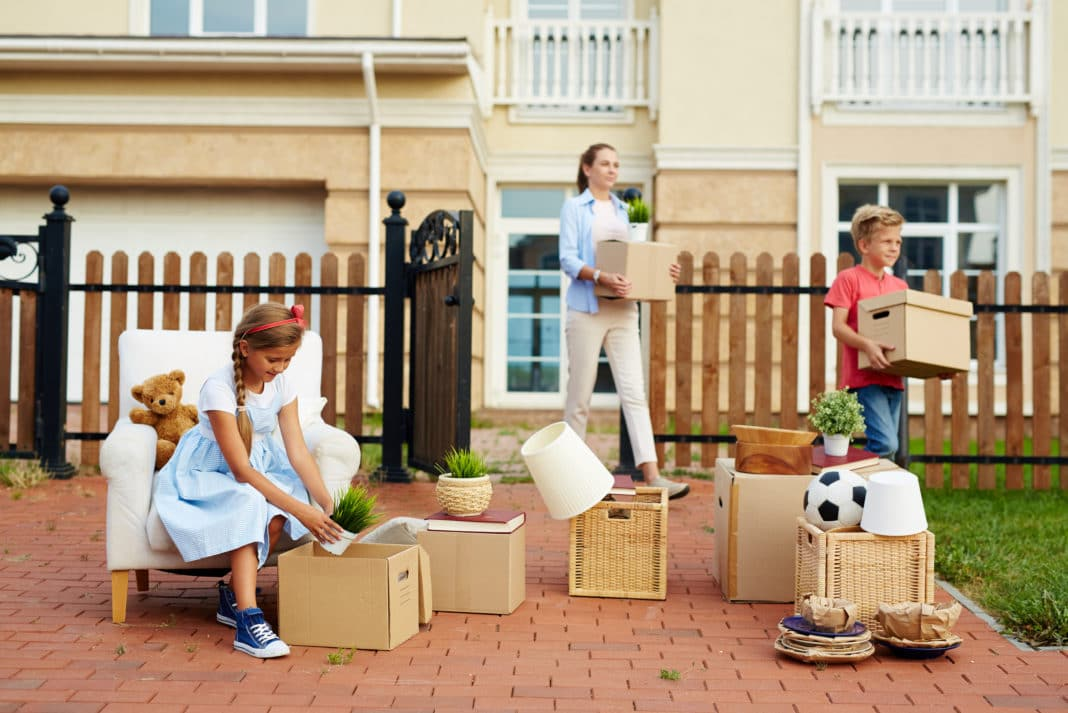 Tips Packing Moving Costs