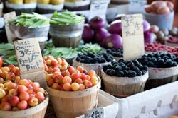 healthy fruits and vegetables at a farmers market
