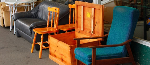 "Secondhand Furniture 9 money-saving tips from tlc's ""extreme cheapskates"" - savvy or risky?"
