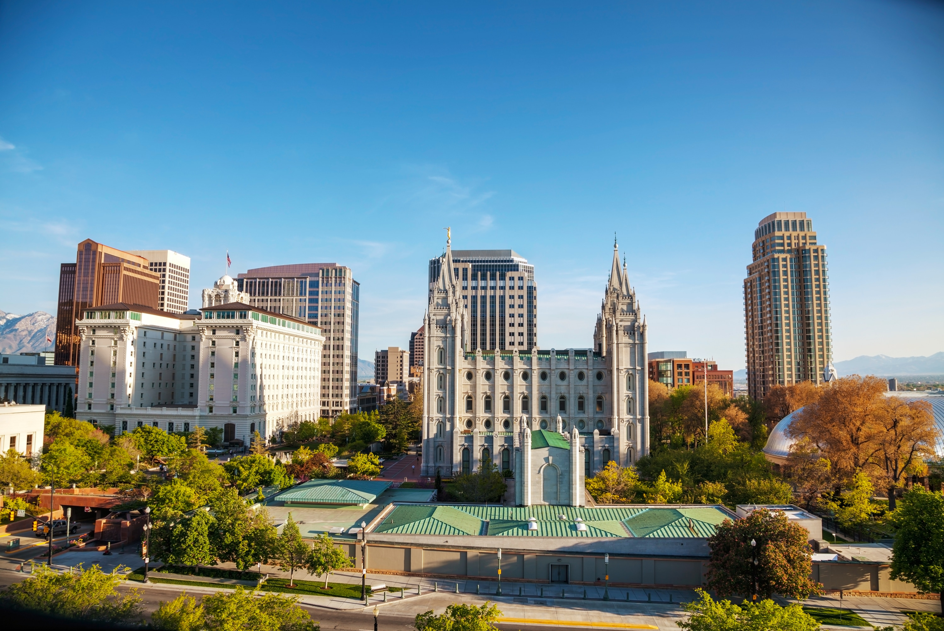 Top 10 Most Affordable U S Cities To Live In,What Color Curtains Go With Dark Gray Walls