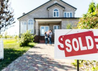 Sold House Real Estate Family Home Moving