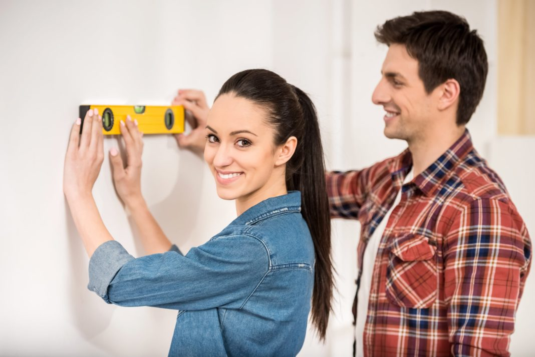 Do It Yourself Diy Or Hire A Contractor For Home Improvement