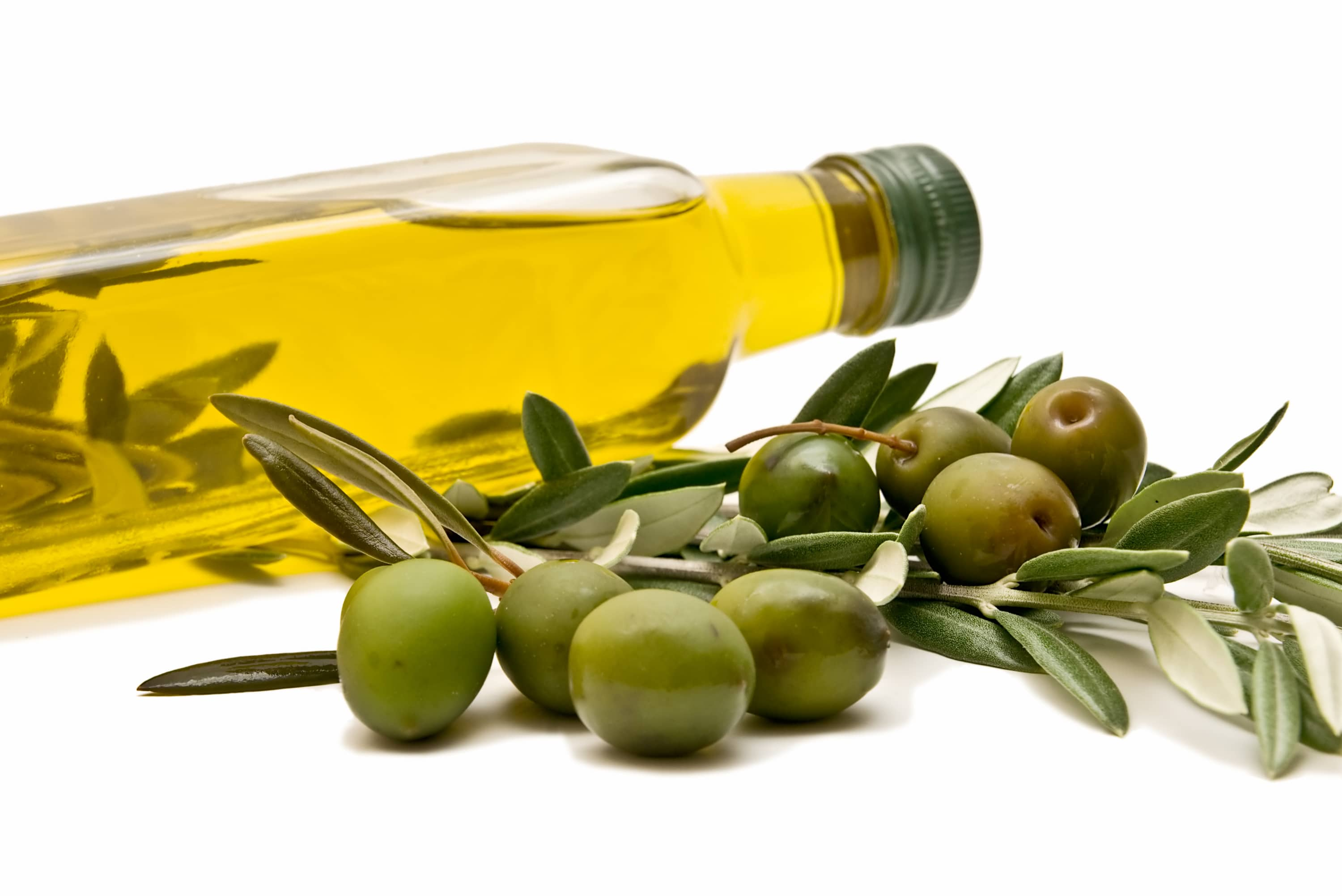 7 amazing olive oil benefits and uses for hair, skin, face