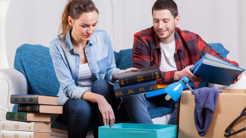 How to Declutter & Downsize Your Home Effectively - 9 Essential Tips