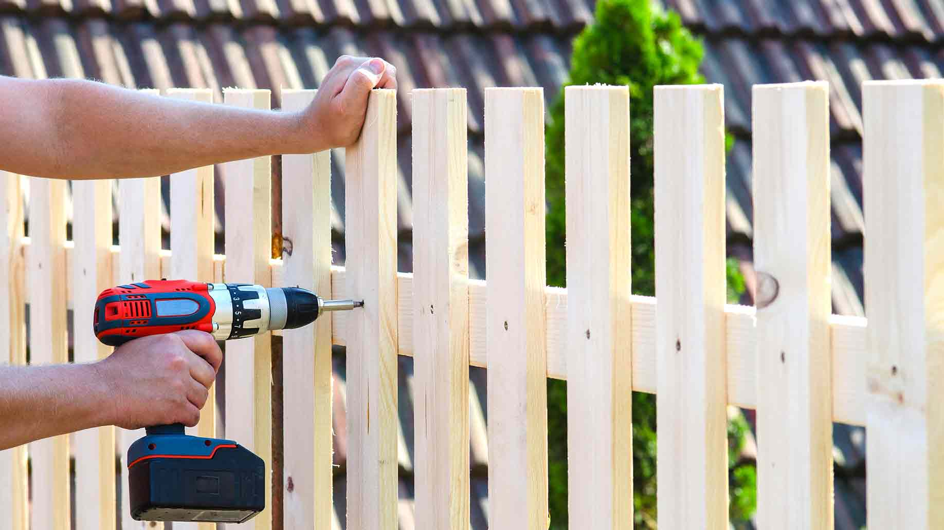 10 DIY Projects You Can Make Out of Free Wooden Shipping Pallets