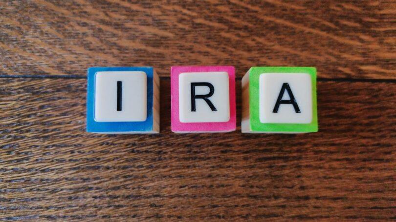 Ira Letters Dice Neon