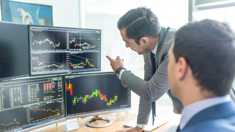 Bussinessman Trading Stocks