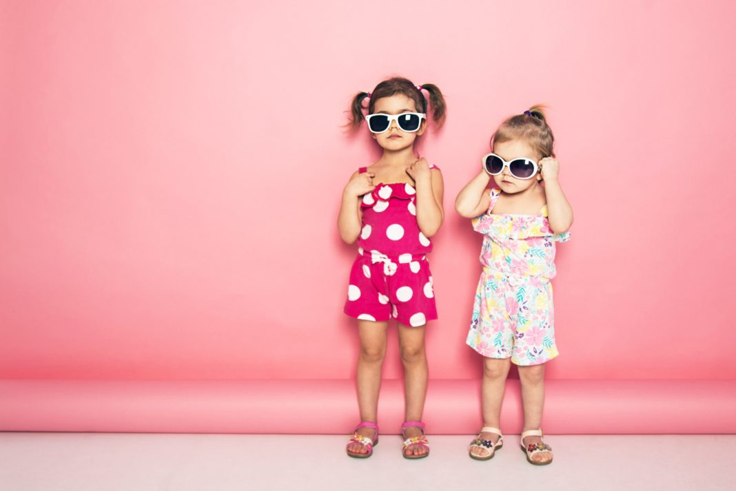 Toddler Girls Pink Background Sunglasses