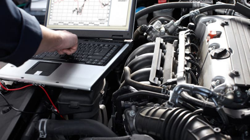 Auto Repair Engine Laptop