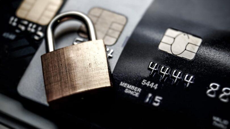 Credit Card Lock Gold Black