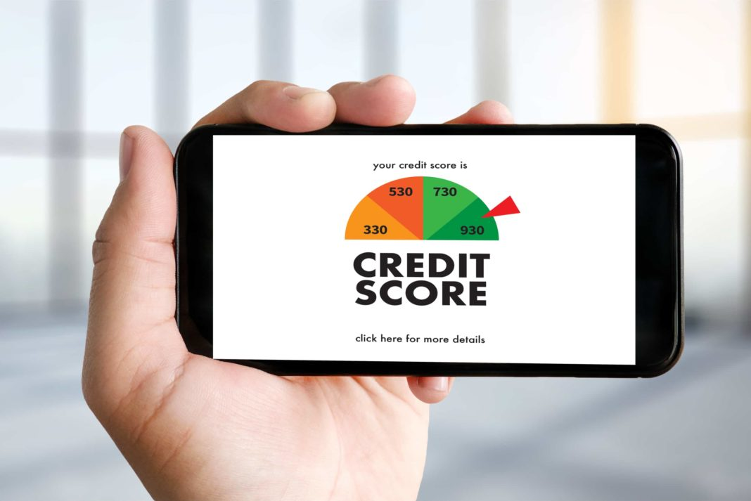 730 Credit Score >> Should You Pay For A Credit Monitoring Service Best Options