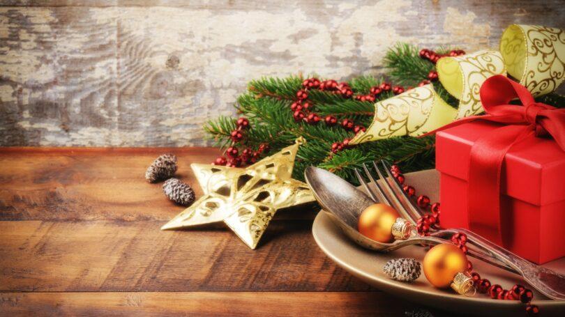 Christmas Dinner Silverware Place Setting Holiday Decoration Entertaining