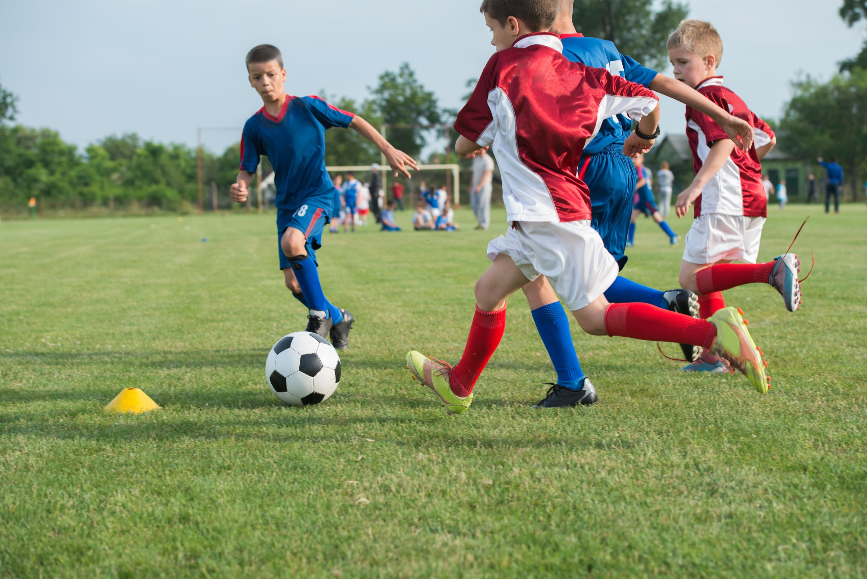 Should Kids Be Allowed To Play Soccer >> 12 Ways Parents Can Save Money On Kids Playing Organized Sports
