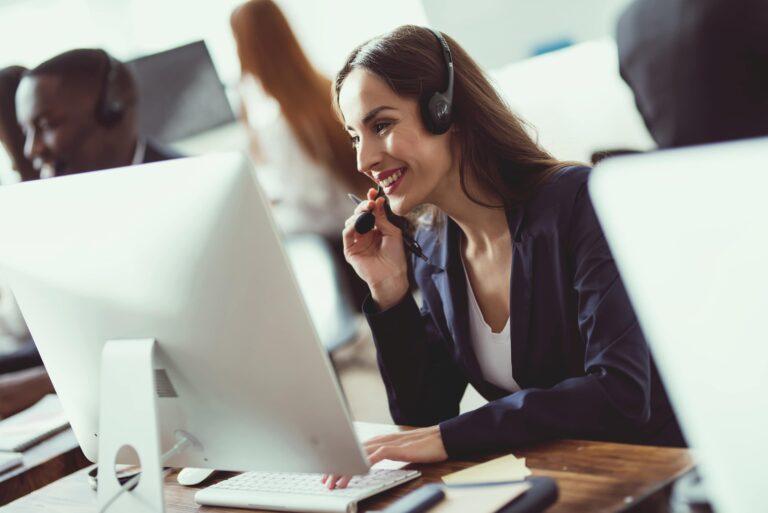 Benefits Live Customer Service Chat
