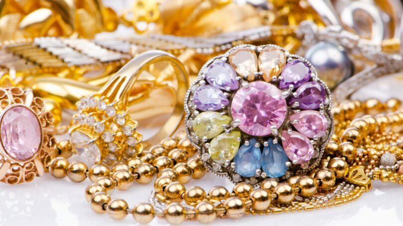 Gemstones Jewelry Gold Rings Necklaces Diamonds