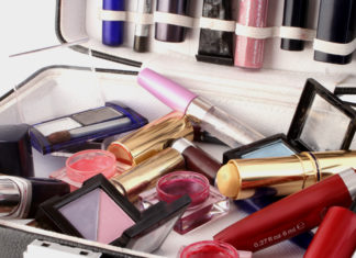 Organize Makeup Tips