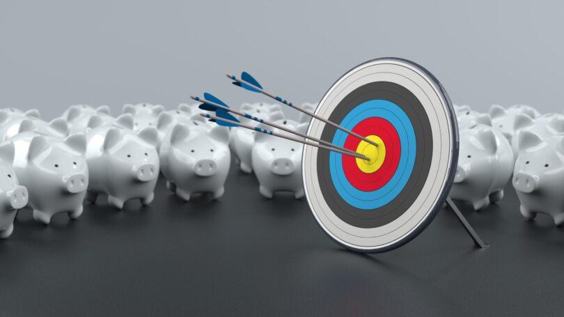 Target Savings Rate Piggy Banks Arrow