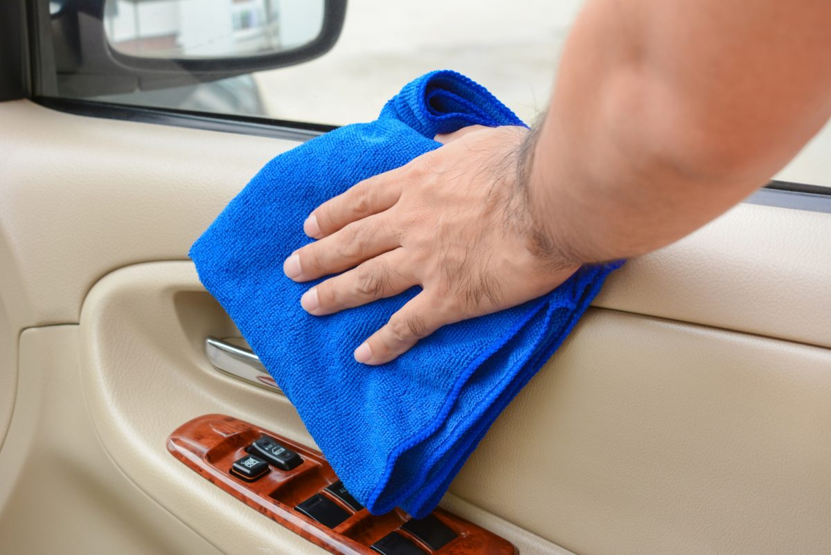 How To Clean Detail The Interior Of Your Car Best Tips Tricks