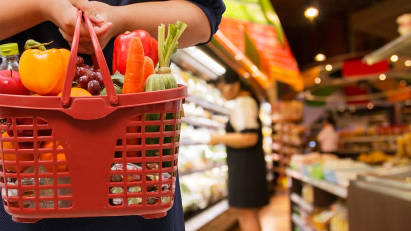 Grocery Shopping Vegetables Aisle Cart
