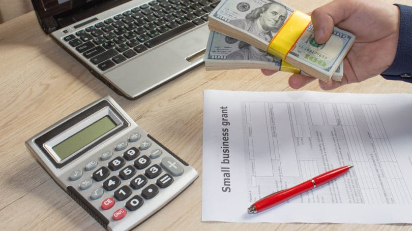 Small Business Grant Cash Calculator Contract
