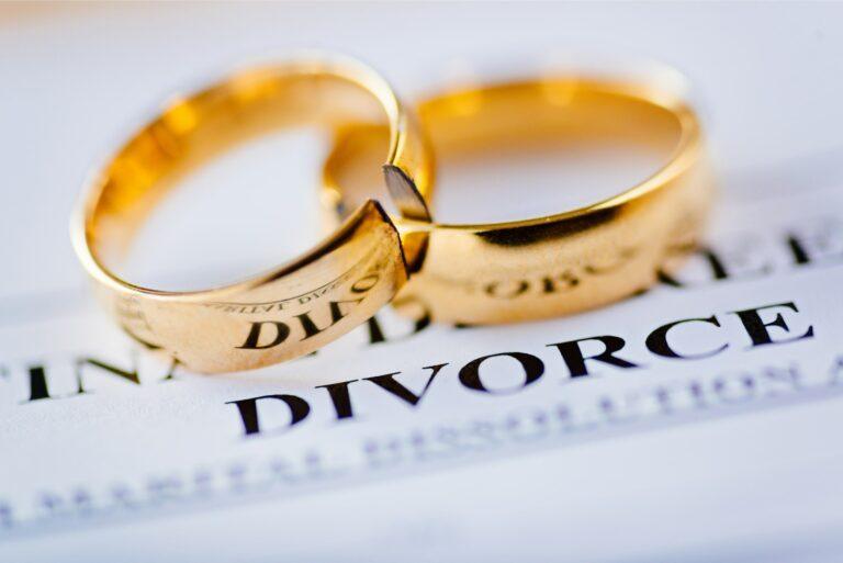 Divorce Broken Wedding Ring