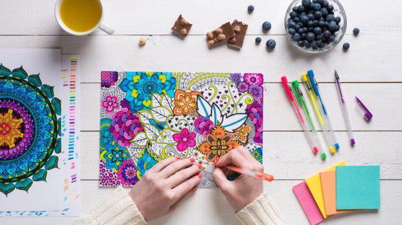 Adult Coloring Book Post It Tea Berries Gel Pens