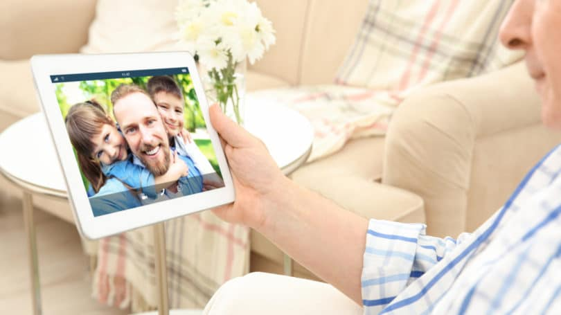 Video Chat Call Tablet Family Grandparent Grandkids