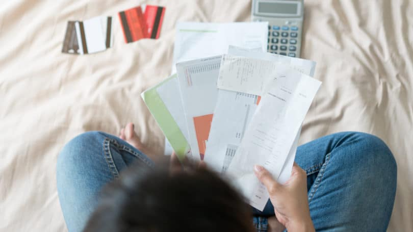 Credit Card Receipts Bills Calculator