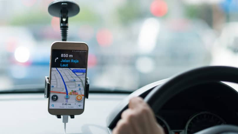 Uber Driver Driving Phone Waze Directions Navigation