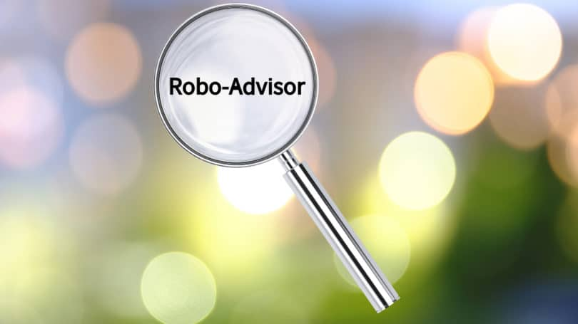 Robo Advisor Magnifying Glass Research Analyze