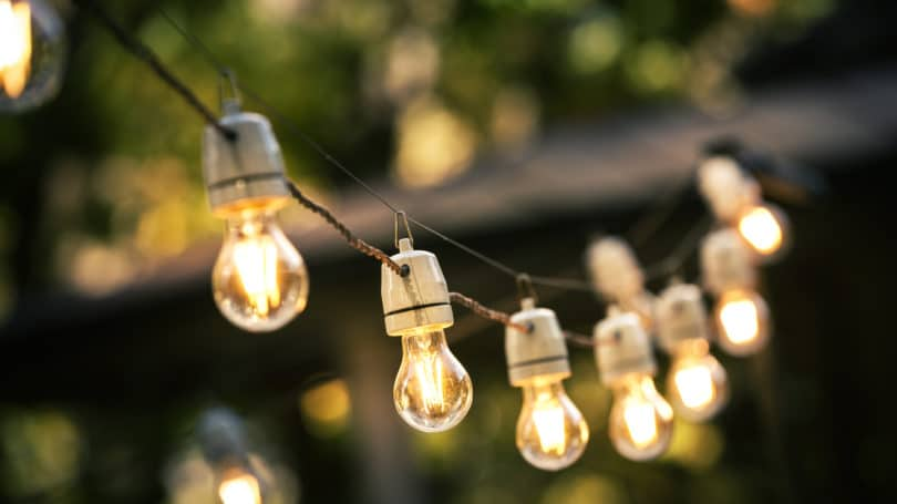 Outdoor String Lights Hanging