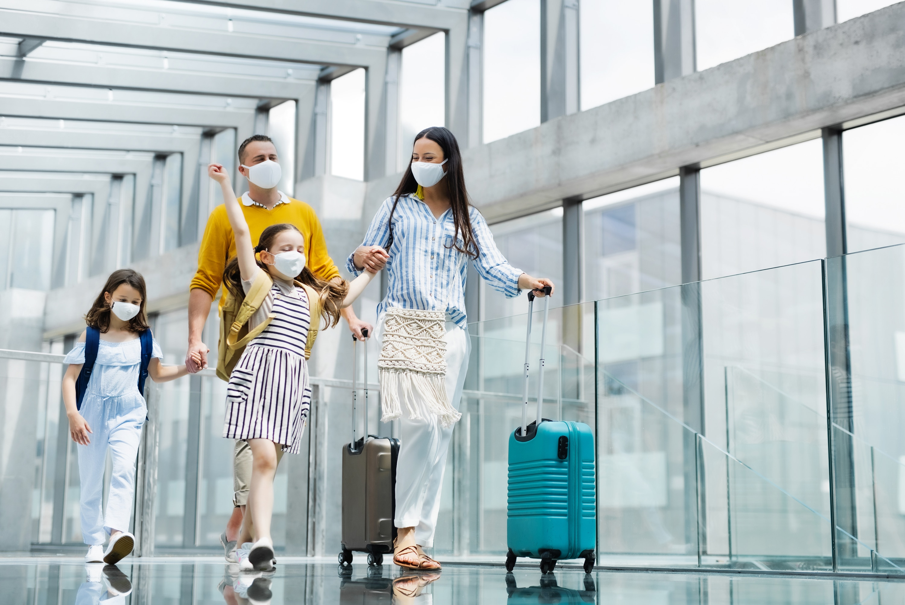 Holiday Travel Tips 2020 – How to Stay Safe During COVID-19